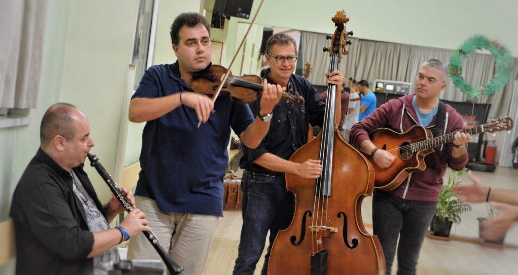 """Εξαίρετοι μουσικοί στην παράστασή μας """"Καραβάν Σεράι""""."""